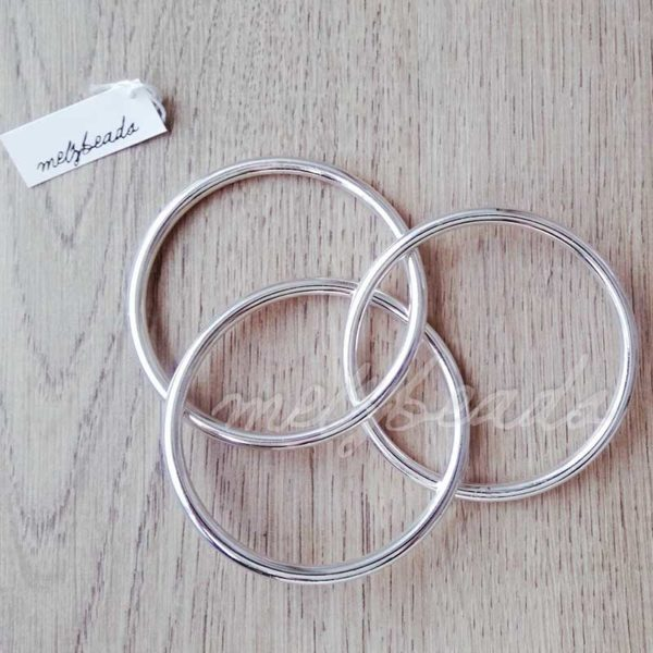 interlocking silver bangle